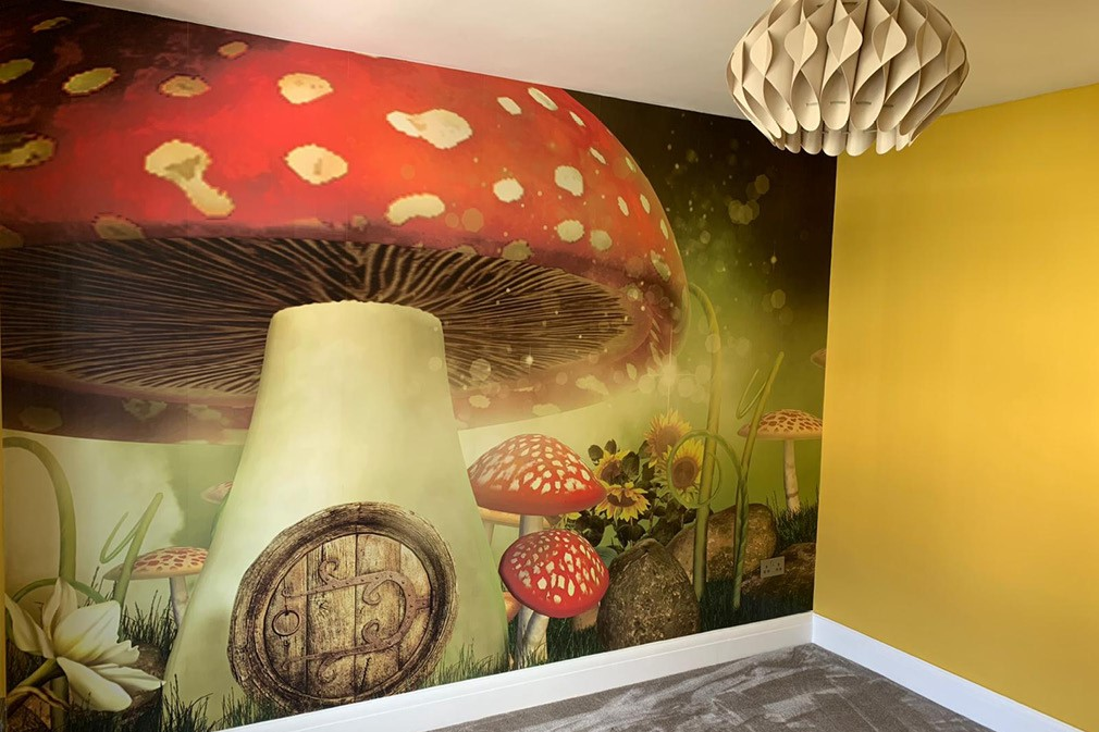 Wall Paper & Painting